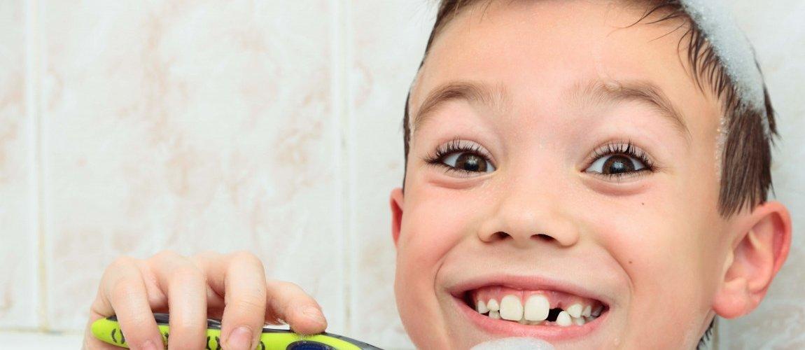 Karijes na mliječnim zubima