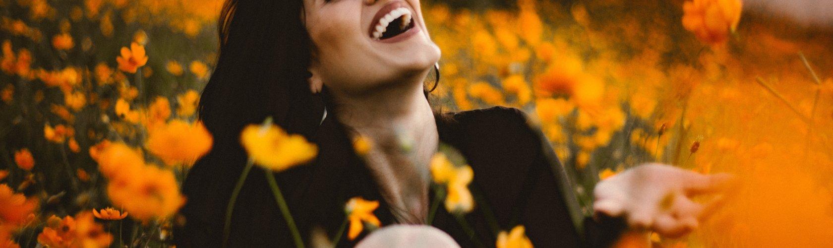Široki bijeli osmijeh znak je odličnog općeh zdravlja